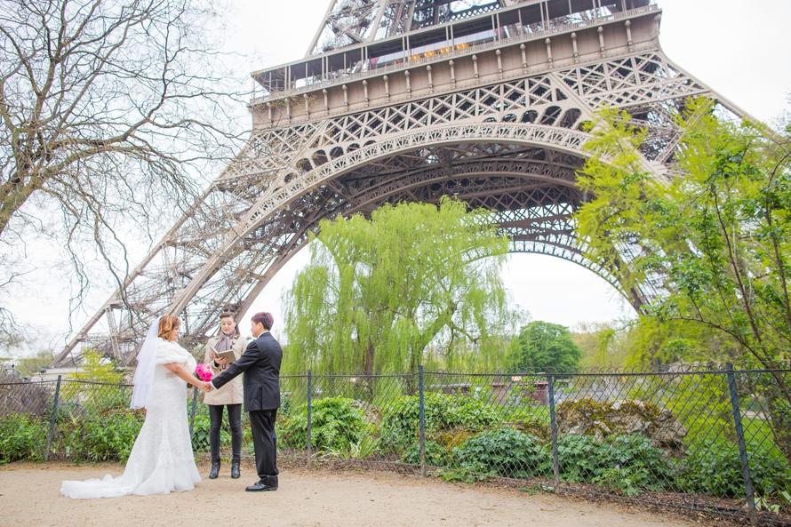 same-sex-wedding-paris1