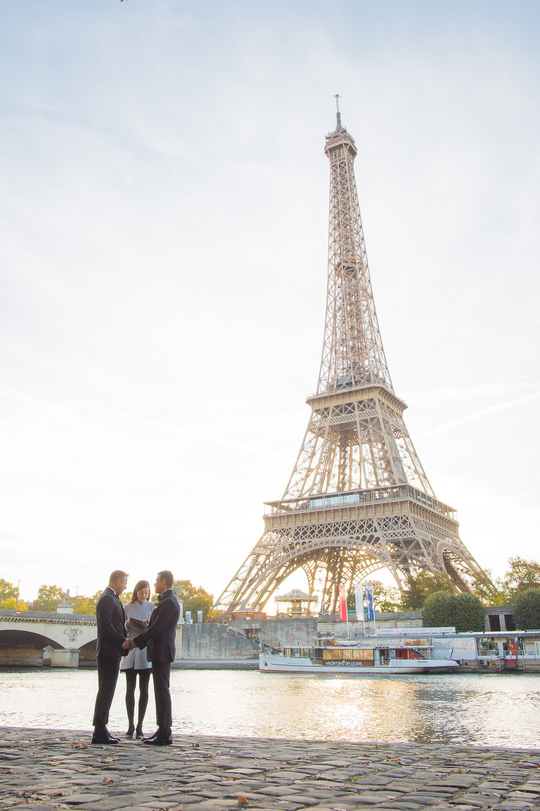 eiffel tower wedding riverside