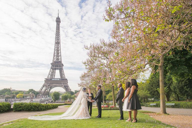 eiffel tower wedding trocadero gardens